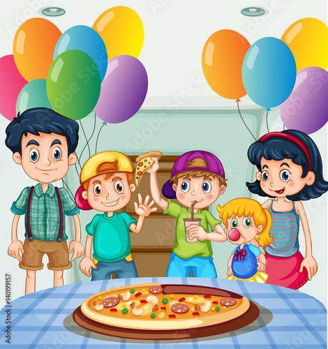 Fotobehang Muziek Kids eating pizza at party