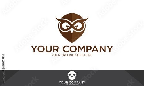 Foto op Aluminium Uilen cartoon Owl logo, owl illustration, owl vector template