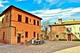 vecchio borgo medievale di Monteriggioni in Toscana, Italia