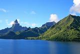 Sailing into port on Moorea island in Tahiti. - 141039731