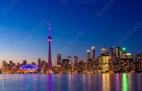 Poster Toronto city skyline at night, Ontario, Toronto