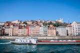 Saint-Georges et vieux Lyon vu des quais de Saône - 141269731