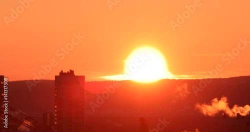 Sunrise closeup. Real Time. Ekaterinburg, Russia. 4K