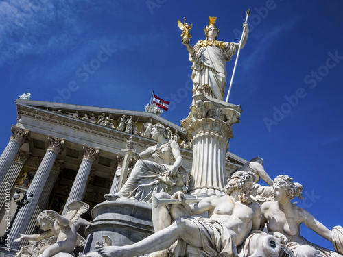 Zdjęcia na płótnie, fototapety, obrazy : Österreich, Wien, Parlament