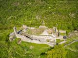 Grosio - Valtellina (IT) - Castello Nuovo e San Faustino - Parco delle incisioni Rupestri - vista aerea
