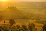 Landschaft in der Toskana am Morgen - landscape in Tuscany in autumn