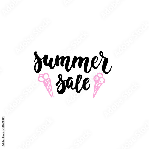 In de dag Retro sign Summer Sale - hand drawn lettering phrase isolated on the white background. Fun brush ink inscription for photo overlays, greeting card or t-shirt print, poster design.