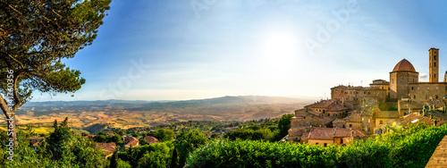 Foto op Aluminium Toscane Volterra, Dorf in der Toskana