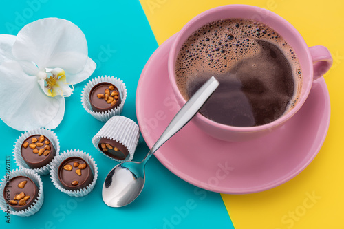 Spoed canvasdoek 2cm dik Chocolade Sweets with nuts and coffee.