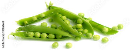 Fotobehang Verse groenten pisellini freschi su fondo bianco