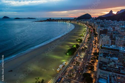 Nachtleben an der Copacabana, in Rio de Janeiro, Brasilien