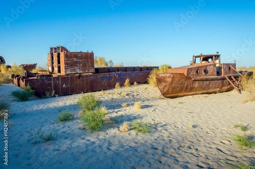 Keuken foto achterwand Schipbreuk Ship cemetery, Aral Sea, Uzbekistan