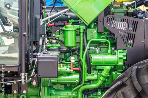 Motor de trator.