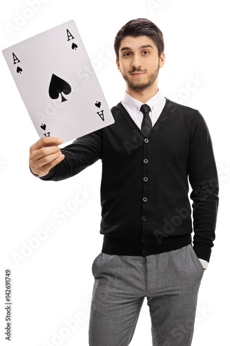 Poster Young man holding an ace of spades card