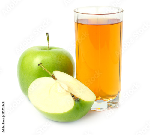 Papiers peints Jus, Sirop Green apple with juice isolated on white background