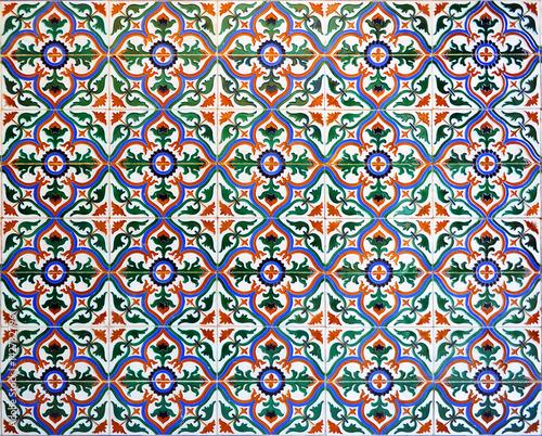 dekoracyjne-tlo-hiszpanskie-mozaiki