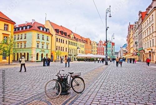 Zdjęcia na płótnie, fototapety na wymiar, obrazy na ścianę : Bicycle at Market Square in Wroclaw