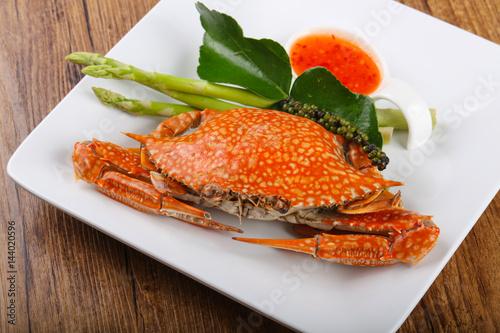 Boiled crab - 144020596