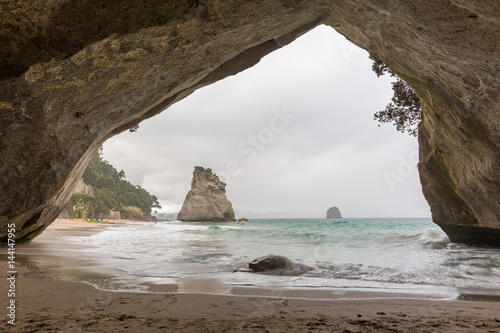 Fotobehang Cathedral Cove Cathedral Cove in Neuseeland
