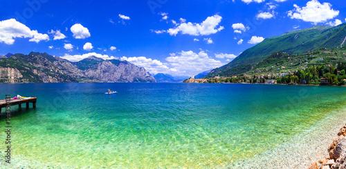 Fotobehang Freesurf Beautiful lakes of Italy - scenic Lago di Garda, view of Malcesine town