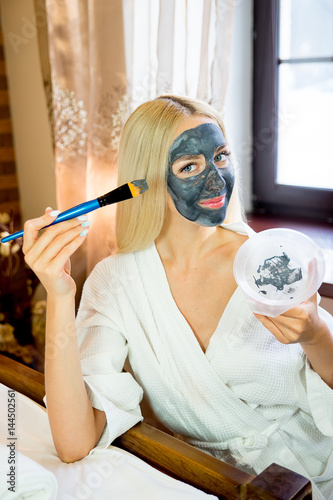 Girl put on face mask
