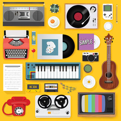 Retro Classic Entertainment Media Mixed Set Icon Illustration Vector