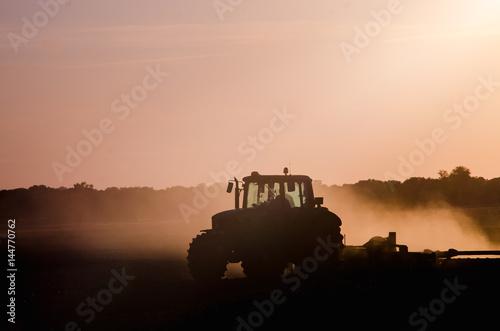 Plakát Tractor working