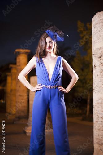 Vestido de noche azul Poster