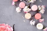 French pastel macarons - 144942934