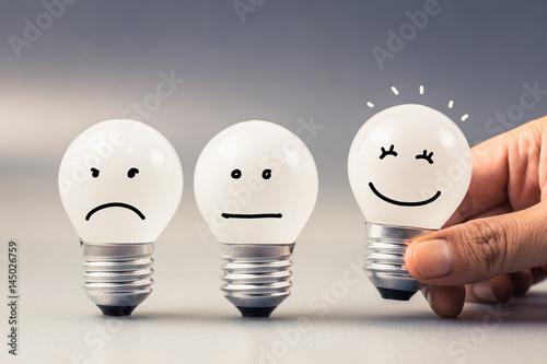 Leinwandbild Motiv Satisfaction Light Bulb
