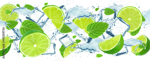 Lime splash and ice cubes - 145059736