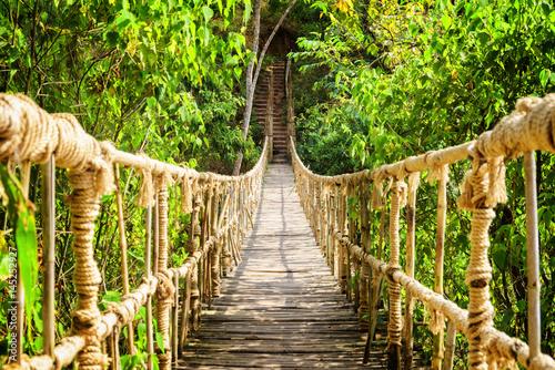Fototapety, obrazy : Amazing simple suspension bridge over gorge