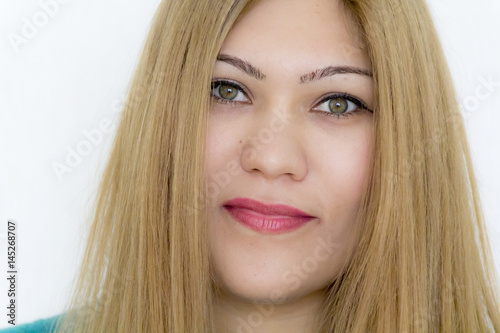 Poster Young girl with straight hair and green eyes