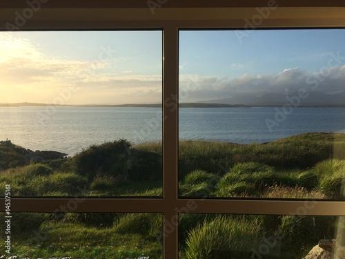 Plakat obraz irland aus dem fenster kup na for Fenster 70x50