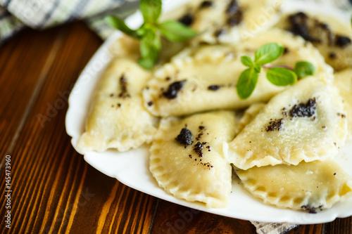 Sweet boiled dumplings with poppy - 145473960