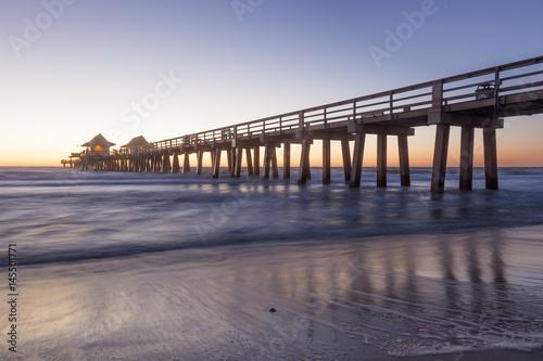 Fotobehang Napels Naples Pier at sunset, Florida