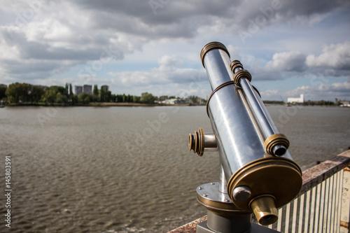 Fotobehang Antwerpen Coin operated binoculars