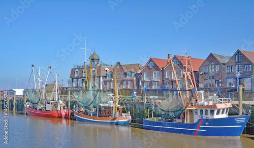 Foto op Canvas Noordzee Krabbenfischerhafen von Neuharlingersiel in Ostfriesland,Nordsee,Niedersachsen,Deutschland