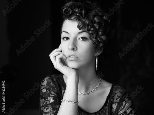 Beautyful young woman portrait. Jewerly and diamonds. © juananbarros
