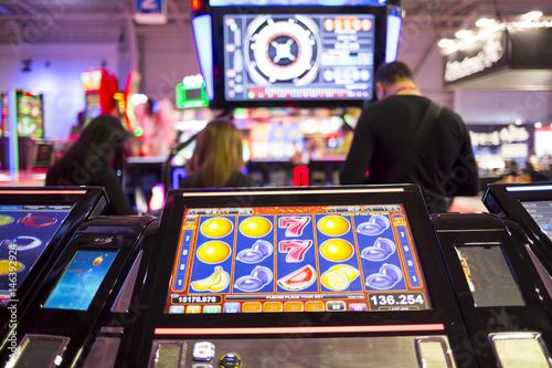 Deurstickers Las Vegas Slot machine screen in a casino