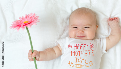 Mother's Day message with baby girl - 146962573