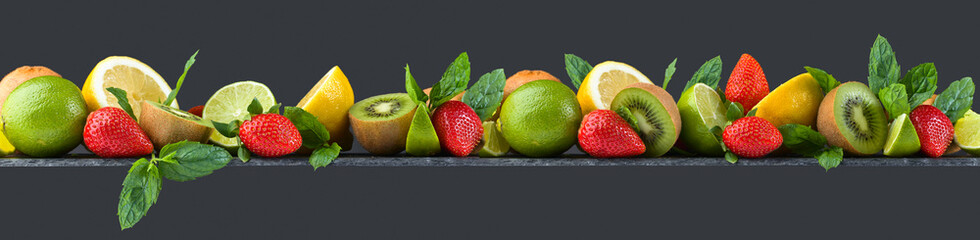 Fruits and peppermint © Igor Normann