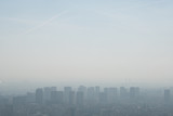 pollution ville capitale paris urbain immeuble gaz ozone co2 saturé allergie respirer air alerte seuil - 147474140