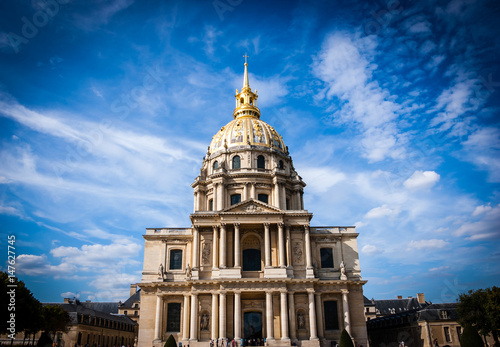 Staande foto Rome Les Invalides chapel in Paris. Famous landmark, known also for Napoleon's tomb.
