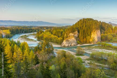 Zdjęcia na płótnie, fototapety na wymiar, obrazy na ścianę : Pieniny mountains. Beautiful river landscape