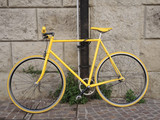 bibicletta gialla