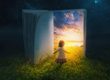 Little girl and open book - 148129964