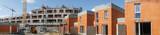 Panoramique chantier bâtiment et lotissement en brique - 148542312