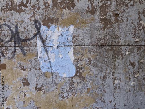 Aluminium Graffiti Old decaying surface