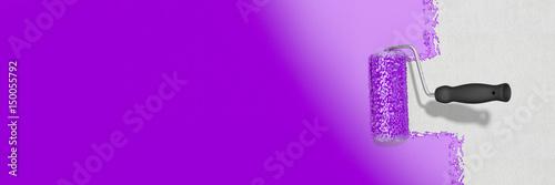 Leinwandbild Motiv Graue Wand mit lila Farbe streichen